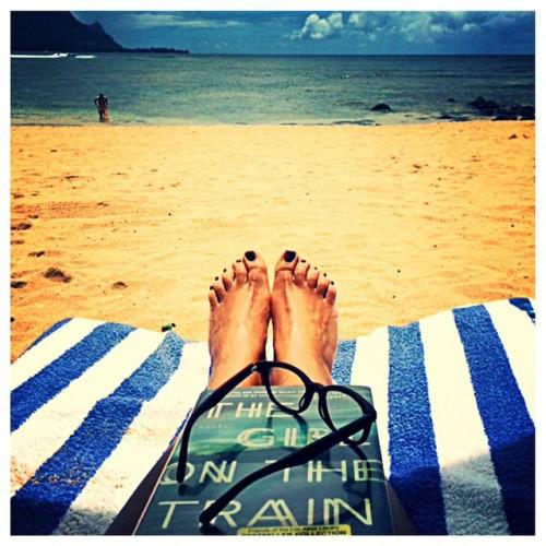 My favorite seat, beachfront at the #stregisprinceville #kauai #paradisefound #fromwhereistand #beachreads #girlonthetrain #beachday #beautifulplace #beautifulbeachday #beautifulday #wiwn #chanelterrana #katespade readers @nordstrom #nordstrom #californiablogger #bloggerlife #bloggerstyle #fblogger #sblogger #beach #beautifulbeach
