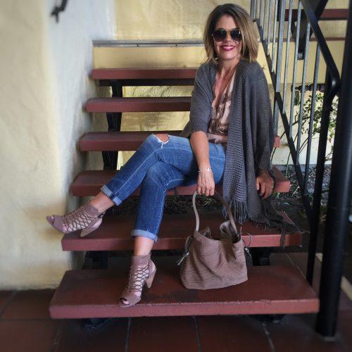 Weekday Look: Fringe Poncho and Boyfriend Jeans | Weekend Sale Picks