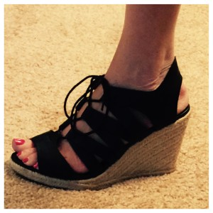 old navy espadrille - www.asksuzannebell.com