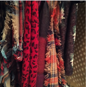 how I store my blanket scarves