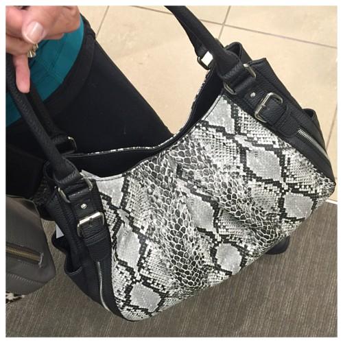 Apt 9 snake bag