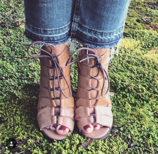 Lace up bootie with frayed crops