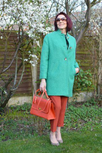 7 Shades of Green   Stylish Monday Link Up