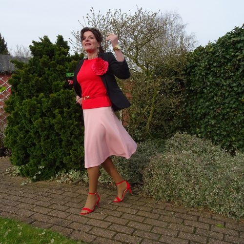 pink and red outfit idea